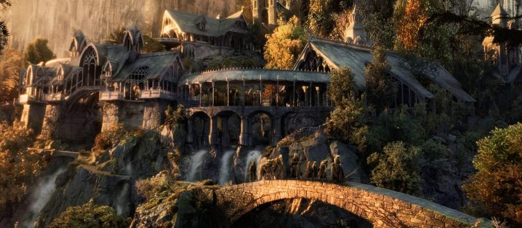 A fan single-handedly recreated the iconic location from The Lord of Rings in Minecraft